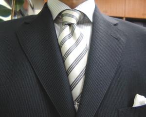 チャコールグレー・モヘア・ブリティッシュ・スーツ