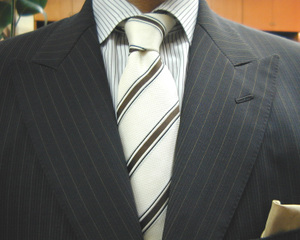 こげ茶・3釦強撚糸スーツ