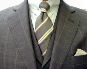 クラシコ・3ピース・ウィンドウペン(windowpane)・ ピンホール(Shirt-pin)