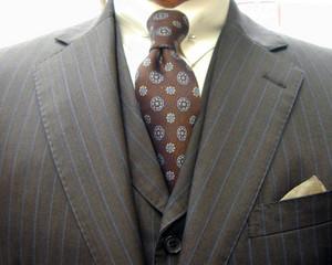 クラシコ・3ピース・(ウールツイル)茶 両玉 ピンホール(Shirt-pin)
